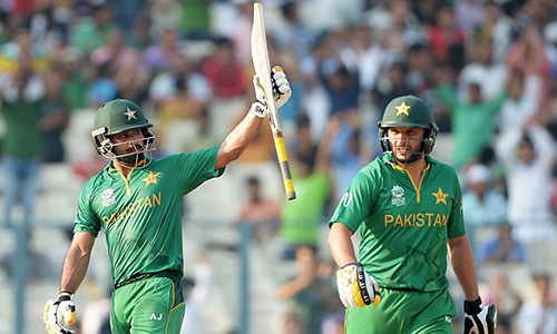 mohammed-hafeez-shahid-afridi-a.png